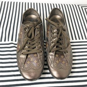 Louis Vuitton monogram sneakers 6.5